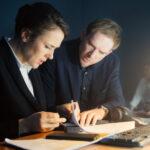 Андрей Бурковский помогает людям договориться в трейлере сериала «Медиатор»