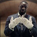 Сериал «Люпен» с Омаром Си стал «крупнейшим французским хитом» на Netflix